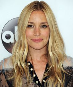 Piper Perabo Wavy Casual  Face Shape Suitability: Round, Oval, Square, Diamond, and Triangular