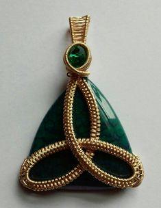 Triquata Dragons Vein Agate Pendant, Wire Wrapped Jewelry, Wire Wrapped Pendant, Agate Jewelry, Triq