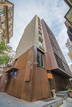 Belkis Appartments, Istanbul (Turkey) by Boran Ekinci Architects  #Architecture #Project #Turkey #CollectiveBuilding #Façade #Facade #FlatLock #PIGMENTO #Zinc #VMZINC