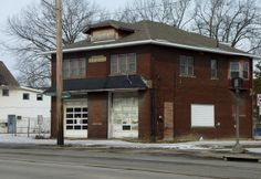 Abandoned fire station, Warren, OH