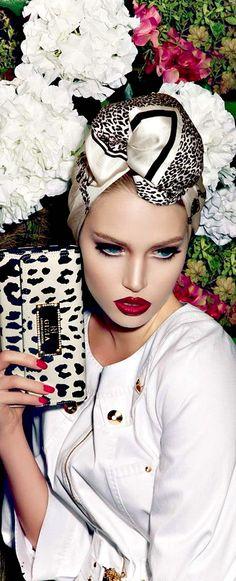 Billion DOLLAR 'Babe #Lady #Multi-Millionairess enjoys the luxuries in life - #Luxurydotcom