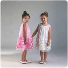 Ref. 0924 Vestidos tipo bata con falda brocada, Tamaños 2T, 3T, 4T, 5, 6, 7, 8, 9, 10 años, RD$2,300