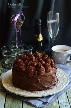 Gabriella kalandjai a konyhában :): Kakaós torta - Apukám születésnapjára ❤