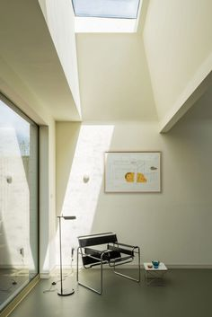 Four skylights bring plenty of light into the kitchen and dining space. Sunken Patio, Red Brick Walls, Pink Tiles, Victorian Buildings, Exterior Cladding, London House, Room Tiles, Victorian Design, House Extensions