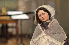 Pohjois-Pohjanmaan museon kokoelmissa on parikin Sara Wackliniksi puettua nukkea. Luuppi, Oulu (Finland)