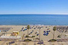 Beachfront apartment for sale in Fuengirola