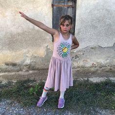 🌸 ✯ Loa, my rebel. 💗 #rebelloa #rebelloaforkids #bandybutton . #kindermode #kinderkleding #kinderkleren #kindermusthaves #kindermodeblog #kidsclothing #kidsfashion #fashionkids #igkiddies #instakids #kidzootd #kidsstyle #streetwearbrands #smallshop #coolkids #coolkidsclub #coolkid #kinderkledingwinkel #kinderkledingwebshop #stoerekinderkleding #meisjeskleding #jongenskleding #hippekinderkleding #kinderkledinginspiratie #minimemagazine #kidsmode #meisjeskleding Cool Kids Club, Kids Z, Kids Mode, Bandy, Streetwear Brands, Mini Me, Rebel, Kids Fashion, Buttons