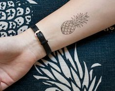 pineapple tattoo - Google Search Baby Tattoos, Cute Tattoos, New Tattoos, Tatoos, Dream Tattoos, Piercing Tattoo, Piercings, Pinapple Tattoos, Sommer Tattoo