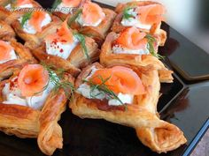 """""""For this recipe you will not need a lot of ingredients and you can offer these pretty appetizers for your guest. I prepared basket of the size of 5 cm (cut 7 cm squares). The quantity of the baske. Puff Pastry Appetizers, Puff Pastry Recipes, Salmon In Puff Pastry, Pastry Basket, My Favorite Food, Favorite Recipes, Salmon Appetizer, Christmas Dinner Menu, Vegetarian Dinners"""