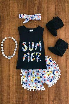 """Daisy """"Summer"""" Pom Pom Short Set"""