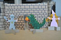 Medieval times are a captivating part of history. Here are some ideas for medieval crafts for kids that will encourage them to dream and imagine. Recycled Crafts Kids, Paper Crafts For Kids, Cardboard Castle, Cardboard Crafts, Castle Crafts, Castle Project, Kids Castle, Medieval Crafts, Easy Toddler Crafts