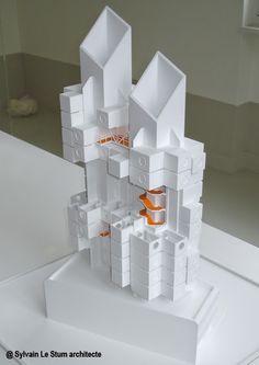 Kisho Kurokawa - Nakagin Capsule Tower