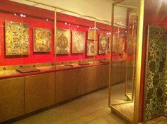 Timeline: gilt leather 1600-1900