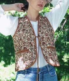 """S T U D I O B A Z A R 🌸 on Instagram: """"Quilted Vest in Rusty Floral 🍂🥀🌾 See more about this piece via link in bio🧡 #studiobazar"""" Indian Block Print, Quilted Vest, Sustainable Clothing, Printed Cotton, Floral, How To Make, Clothes, Collection, Link"""