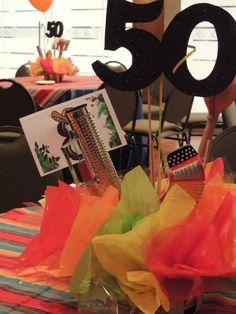 Centro de mesa parranda vallenata Ideas Para Fiestas, Mom And Dad, 50th, Surprise Birthday, Congo, Erika, Party Ideas, Amor, Birthday Table
