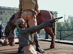 sculpteur africain ousmane sow - Recherche Google Ousmane Sow, Sculpture Art, Sculptures, Horn, Paris, Recherche Google, Figurative, Animals, Illustrations