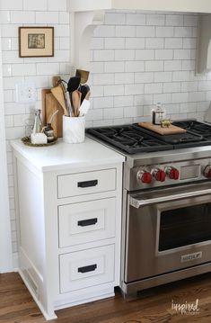 Bayberry Kitchen Remodel Reveal - Kitchen Makeover Kitchen Design #kitchen #makeover #remodel #traditional #modern #country #design #decorating Kitchen Reno, New Kitchen, Kitchen Storage, Kitchen Remodel, Kitchen Organization, Country Kitchen, Kitchen Ideas, Modern Farmhouse Kitchens, Cool Kitchens