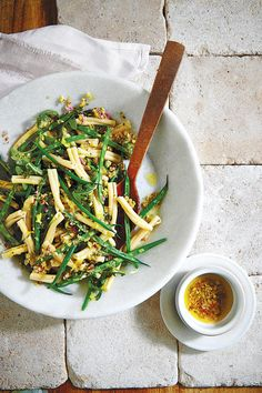 Lemony Green Bean Pasta Salad - 68 Quick and Delicious Summer Salads - Southernliving. Summer Pasta Salad, Summer Salads, Fresh Green Bean Recipes, Pasta With Green Beans, Easy Easter Recipes, Easter Side Dishes, Farmers Market Recipes, Easy Pasta Salad Recipe, Healthy Recipes