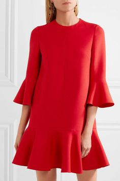 Cosa indossare per le feste di Natale  Ecco 10 idee RIGOROSAMENTE in rosso  - Tendenze 7d4deca6c6a