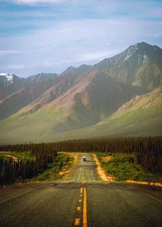Summer adventures to new places - - - - why do I have to battle my mind everyday.I just want peace of mind - - - - - - - - Yukon Canada, Save Planet Earth, Beautiful Roads, Great North, What A Wonderful World, Wonders Of The World, Alaska, Places To Travel, Mother Nature