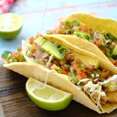 fish tacos with cabbage slaw ; fish tacos with cabbage slaw easy ; fish tacos with cabbage slaw tilapia ; fish tacos with mango salsa Seafood Dishes, Seafood Recipes, Mexican Food Recipes, Cooking Recipes, Healthy Recipes, Chicken Recipes, Fish Recipes Healthy Tilapia, Best Tilapia Recipe, Prawn Recipes