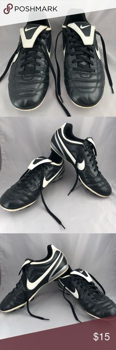 low priced 6105b a1591 Nike Men's Versatract Tiempo Natural Cleats, Sz 9 Nike Men's Versatract  Tiempo Natural Soccer Cleats