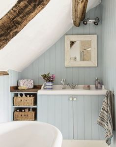 awesome 44 Stunning Attic Bathroom Makeover Ideas On A Budget Country Blue Bathrooms, Coastal Bathrooms, Beach Bathrooms, Rustic Bathrooms, Chic Bathrooms, Small Attic Bathroom, Loft Bathroom, Upstairs Bathrooms, Attic Shower
