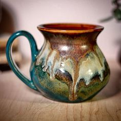 The last load's wild card is now my favorite combo! I loved the old Copper Agate but it needed a pop of color. I'll have four in Saturday's CST restock. More info in bio. Slab Pottery, Glazes For Pottery, Pottery Mugs, Ceramic Pottery, Pottery Art, Glazed Pottery, Ceramic Cups, Ceramic Art, Metal Design