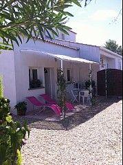 House Rental: 1 Bedroom, Sleeps 4 in Aigues-Mortes Holiday Rental in Aigues-Mortes from @HomeAwayUK #holiday #rental #travel #homeaway