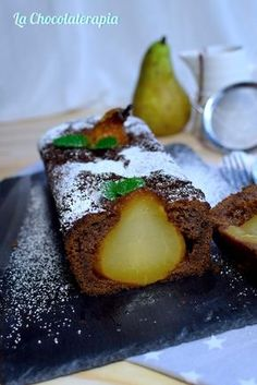 Bizcocho de chocolate y peras con salsa de caramelo Spanish Desserts, Fancy Desserts, Pan Dulce, Bread Cake, Mini Cheesecakes, Sweet And Salty, Cake Cookies, How To Make Cake, Sweet Tooth