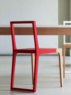 Cadeira WR.02