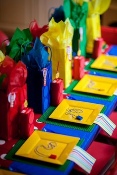 Table setting Legos