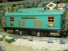 Lionel Pre War 154 With Freight Cars On Pinterest