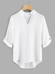 Shop Roll-Up Sleeve Dip Hem Blouse online. SheIn offers Roll-Up Sleeve Dip Hem Blouse & more to fit your fashionable needs. Capsule Wardrobe, Hostess Outfits, Ropa Interior Calvin, Simple Blouse Pattern, Blouse Simple, Looks Plus Size, Simple Shirts, Schneider, Roll Up Sleeves