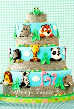 A Day at the Zoo Cake