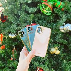 Forrest Green Phone Case - All Sizes 12 & 11 New Tech Accessory Company with a collection of Rose Gold and Gold Phone Stands that are adorable! We also have Green, Blue and Pink phone cases with gold edging in all iPhone 12 and 11 mini, pro max sizes. They are the perfect stocking suffer and I had to get them out to you before the holiday season! Fall Fashion Outfits, Trendy Fashion, Autumn Fashion, Affordable Clothes, Affordable Fashion, Southern Fashion, Makeup Is Life, Pink Phone Cases, Fall Decor