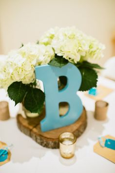 Project Nursery - reneehollingsheadphotography_widell_designs_danielle_baby_shower-38