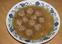Hovězí polévka s masovými pumlíčky
