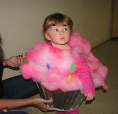 Homemade Cupcake Baby Costume. This would be perfect for my little LuLu, since I call her my little cupcake!