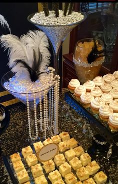 Great Gatsby Wedding Dessert/Candy Buffet Table by Bizzie Bee Creations #greatgatsbywedding #greatgatsby