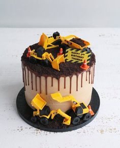 Bespoke cakes and cupcakes to make any children& birthday extra special. From favourite characters to sports cakes and unicorns - make your little one& day. Digger Birthday Cake, Digger Cake, Truck Birthday Cakes, 3 Year Old Birthday Cake, Truck Cakes, Car Birthday, Birthday Ideas, Toddler Birthday Cakes, Party Cakes