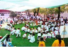 practica de la danza prehispanida con niños de preescolar y primaria, integrados en una sola comunidad
