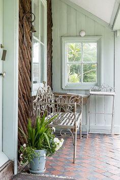 Porch verandah