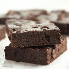 These are the BEST healthy brownies! They are SO fudgy and made with whole wheat flour, coconut oil, applesauce and have reduced sugar.