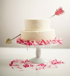 101 Valentine's Day Ideas, cupid's arrow cake cupcakepedia