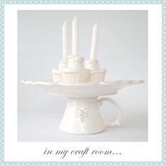 Decorative cupcake stand.  Cup and plate.. gorgeous!