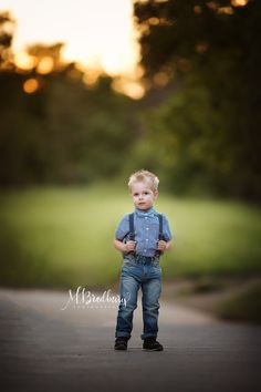 Ideas, tips and tricks for Child Photography M. Bradbury Photography specializes in Child photography in Frisco TX and surrounding areas. Capturing memories of your precious child. www.mbradburyphotography.com #childphotography #childportraitphotographer#childphotographyideasandtips