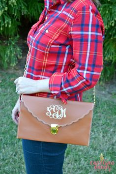 Perfect Monogrammed Clutch for Summer! Loveee!