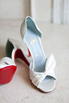 White Louboutin | On SMP: http://www.stylemepretty.com/virginia-weddings/charlottesville/2013/11/27/art-deco-inspired-charlottesville-wedding-from-morgan-trinker | Photography: Morgan Trinker