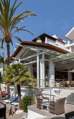 Sea Grill Restaurant at Hotel Puente Romano, Marbella - Cape Reed Grill Restaurant, Wooden Pergola, Stunning View, Resort Spa, Beach Resorts, Gazebo, Cape, Grilling, Cabo